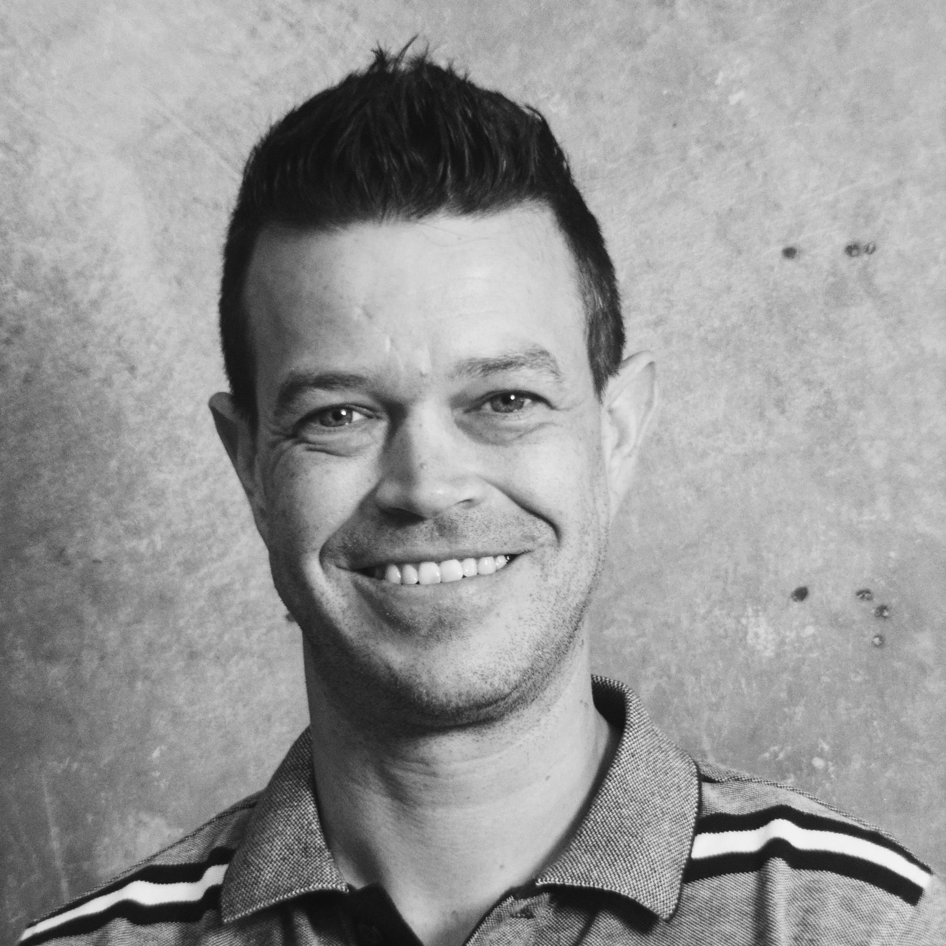 Russel, Guzu Product designer